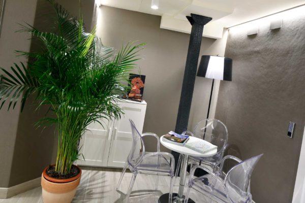recepcion-2-habitacion-pension-plaza-nueva